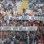 """Uno striscione con le """"richieste"""" della Curva Sud"""