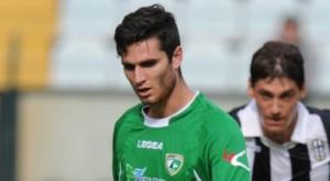 Andrea De Vito con la maglia dell'Avellino