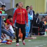 L'allenatore in seconda del Benevento Loreno Cassia in panchina (foto Armando Russo)