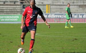 Cristian Caccetta in azione con la maglia del Cosenza