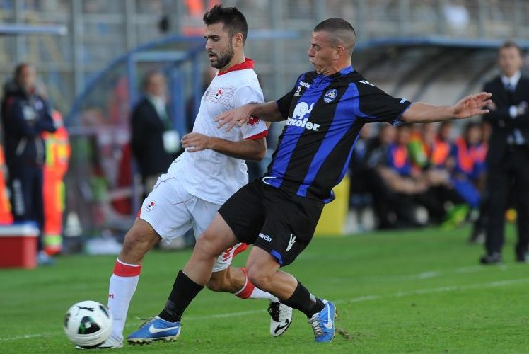 Dario Barraco in azione con la maglia del Latina