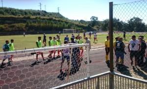 La squadra fa il suo ingresso in campo