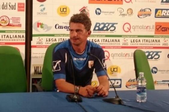 Arturo Di Napoli in conferenza stampa