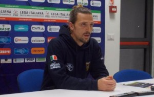 Il centrocampista della Paganese Simone Guerri in sala stampa