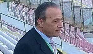 Il presidente Natale Stracuzzi sugli spalti del San Filippo
