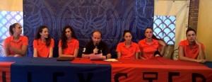 La presentazione delle giocatrici del Santa Teresa Volley