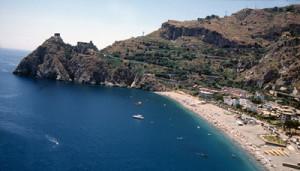 Una vista di Sant'Alessio Siculo