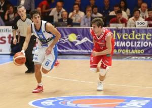 Il play Laquintana in azione
