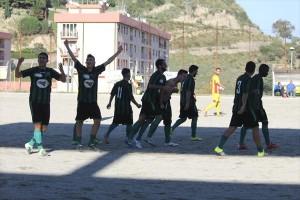 La gioia dei giocatori del Camaro dopo il gol