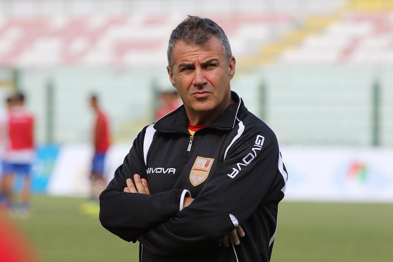 Il vice-allenatore Raffaele Di Napoli
