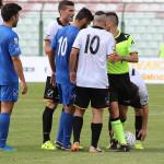 Il Messina si appresta a battere un calcio di punizione