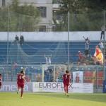 Il Messina è in vantaggio! Esultanza con i tifosi