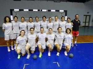 La squadra femminile dell'ASD Handball Messina.