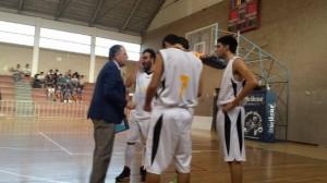 Coach Castorina a colloquio con i suoi ragazzi