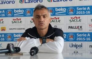 L'allentore di Bologna Giorgio Valli