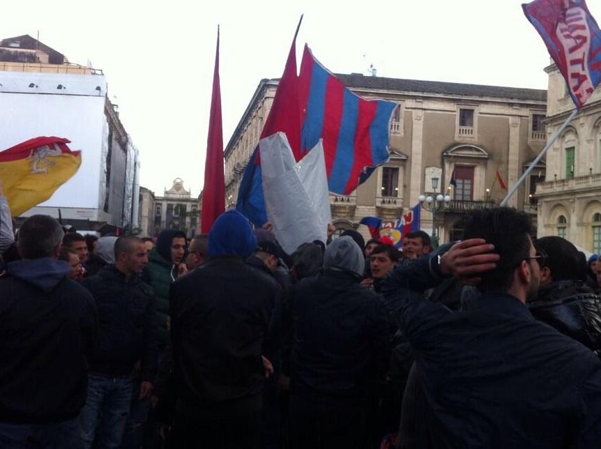 I sostenitori catanesi, considerato il divieto di trasferta, seguiranno il derby con il Messina al maxi-schermo