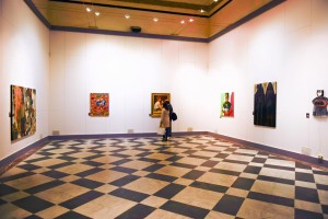 """La mostra """"L'altra faccia dei supereroi"""" è ospitata nei locali del Monte di Pietà"""