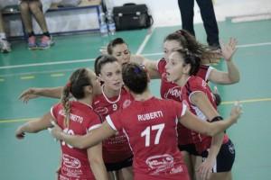 L'esultanza delle ragazze del Santa Teresa Volley