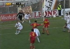 Di Napoli in gol in Messina-Catania del 2004