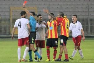 Il rosso a Baccolo nella gara di Lecce