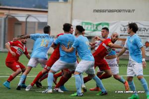 La gara persa per 3-0 a Rocca di Caprileone. Concitazione nell'area dello Sporting sulla battuta di un angolo.