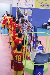 Pallavolo Messina - Mazara, il saluto prima della gara