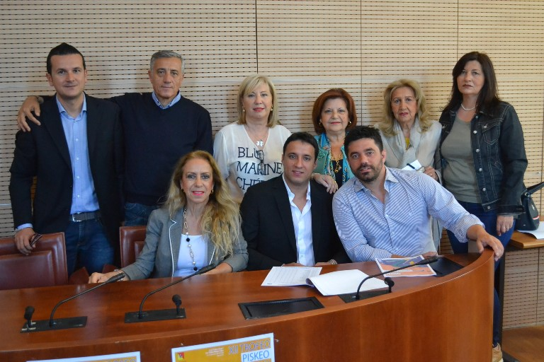 Foto di gruppo staff Piskeo