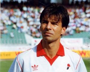 Sandro Tovalieri ai tempi del Bari