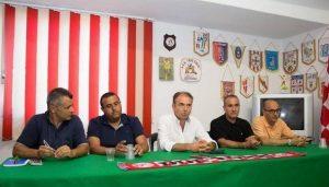 Antonio Venuto nella conferenza stampa che ha segnato la sua permanenza al Due Torri