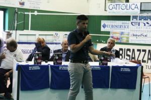 Giovanni Costantino, allenatore dell'Aland United femminile