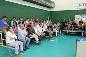La platea di allenatori, dirigenti e addetti ai lavori al PalaRescifina