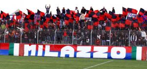 La tifoseria del Milazzo nella prima esperienza di Cannistrà