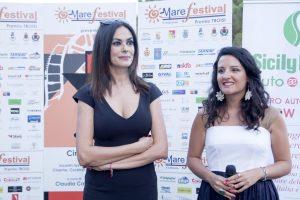 Maria Grazia Cucinotta e Claudia Catalli