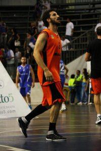 Emiliano Paparella con la maglia della Viola Reggio Calabria