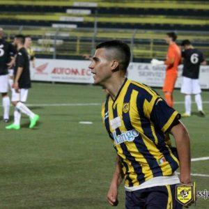 Il centrocampista Izzillo della Juve Stabia