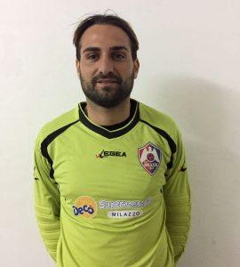 Giuseppe Ingrassia con la sua nuova maglia