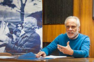 L' Assessore Pino con dietro Vittorio Magazzù