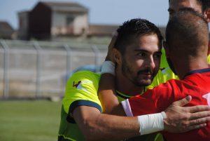 Salvatore Mincica con la maglia del Sant'Agata (foto La Marca)
