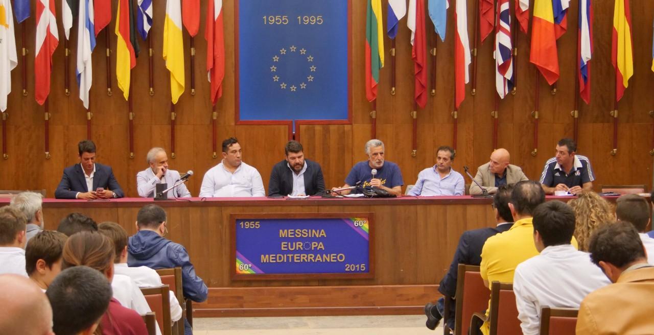 Un momento della conferenza stampa (scatto di Vincenzo Mauro Nicita)