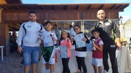I tecnici Natoli e Ielo con i giovani pugili del Team Amaranto Boxe Flash