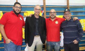 Da sinistra Massimiliano Triolo (all. in 2), il dt Nino Mollura, mister Peppe Tricomi e il dg Marcello Cottone