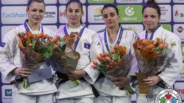 Il podio dei 57 chili con seconda da destra Martina Lo Giudice