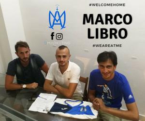 Rigano e Parisi salutano la firma di Marco Libro, nuovo calciatore dell'Atletico Messina
