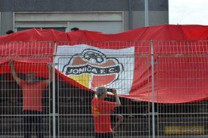Gli spalti dello stadio di Santa Teresa Riva in occasione dell'esordio della Jonica in Eccellenza
