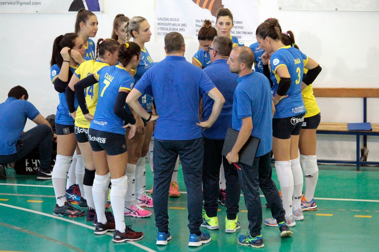 Amando Volley durante un time out