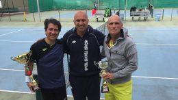 La premiazione dei finalisti del singolare maschile con il maestro Arasi