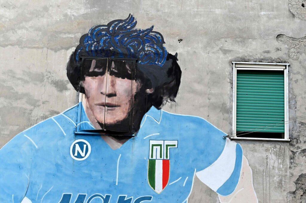 Maradona, la morte di un Dio. Classe infinita e cadute dell'eroe più fragile